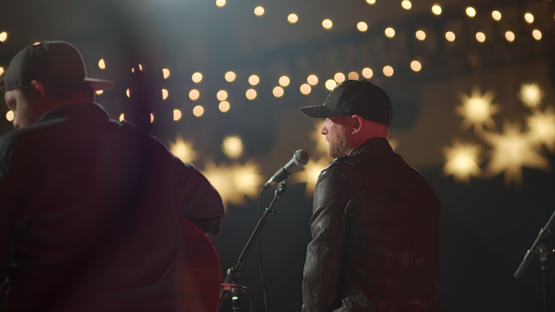 """MJS Live Streams Cole Swindell and Others at the Martin Truex Jr. Foundation's """"Catwalk For A Cause"""""""